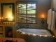 Honeymoon Suite 03
